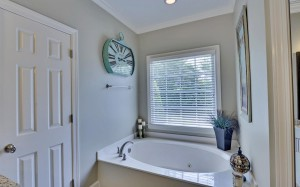 3465 Westhampton Way-large-017-10-Master Tub-1500x938-72dpi